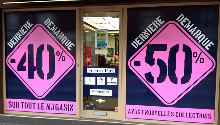 Décoration vitrine soldes